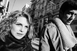 woman-and-man-with-a-scarf-istiklal-street