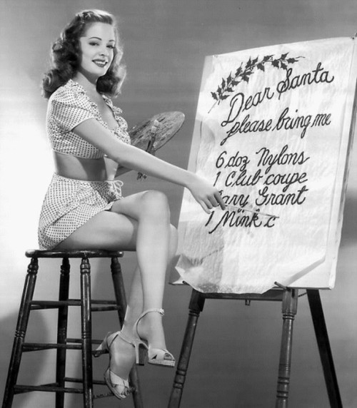Jane Greer, Christmas 1940s. Me too, Jane… Me too.