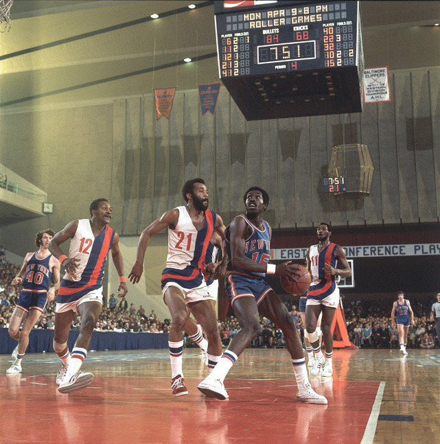 New York's Earl Monroe looks for an opening during a 1973 game against Baltimore. (Lane Stewart/SI)