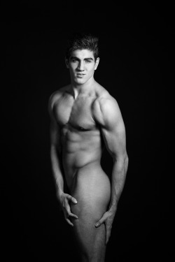 Beautiful b+w photo of Johnny Trout (American Idol) by Justin Violini