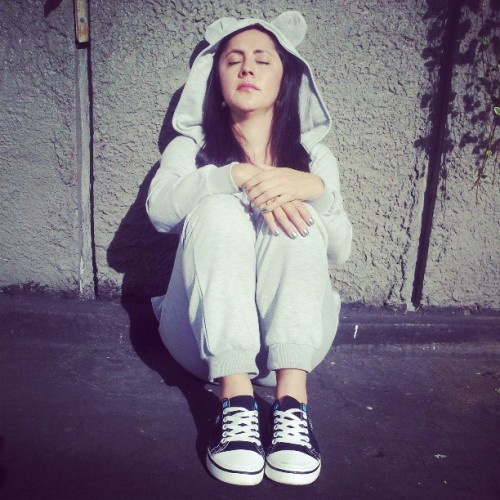 Look total para descansar: Respira Luz y Amor ♥ Onesie with ears & Hood AsosTennis / Crocs / Trainers Close the eyes and enjoy the mind