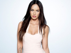 Checkout these Unknown Facts about Megan Fox! #4 is Shocking! She sure has gone through a lot. Check them out: