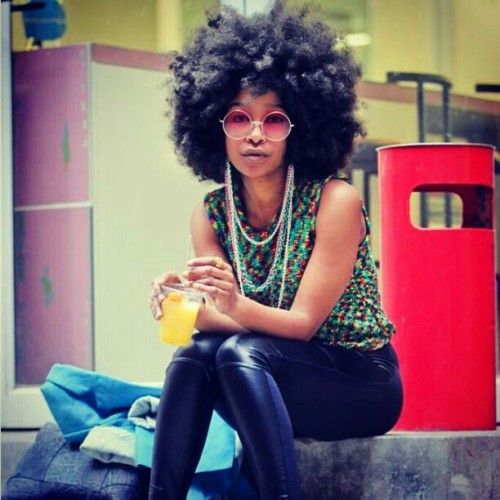 lovelycurlscoilskinks:  Rock that fro anywhere . #urban #fashion #afro #fro #naturalhair #natural #naturalbeauty #thick #thenaturalcommunity #twistout #twist #braids #bantuknots #bantuknotout #braidout #instabeauty #inspiration #instadaily #beautiful #hairstyles #kinkyhair #curlyhair #coilyhair #beinspired :)