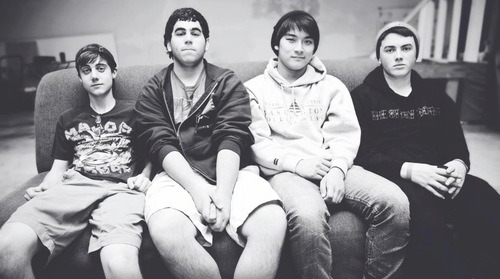 thewellzstreetjournal:   A Band You Should Know- Long Island, NY natives No Good News released their first full-length, In Constant Comparison, last week. The album features 11 tracks infused with punk and ska influence. Look out for the band playing day two of the 2013 Today's Mixtape Festival. Post by: Gaby Borrego facebook.com/NoGoodNews -Facebook twitter.com/NoGoodNews –Twitter nogoodnews.bandcamp.com -Bandcamp nogoodnewsny.tumblr.com -No Good News