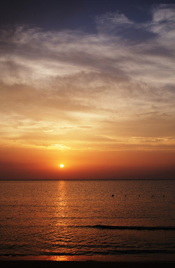 senerii:  more sun is going down by ΞSSΞ®®Ξ on Flickr.