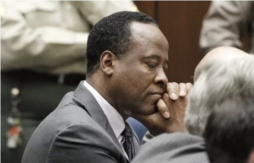 It appears that Dr. Conrad Murray is not coping well with jail. He tells a friend that he is having trouble sleeping and is in constant pain. Click the pic to read more.