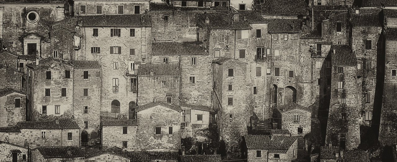 At least two of my nine lives I'll live in Sorano .. by М.