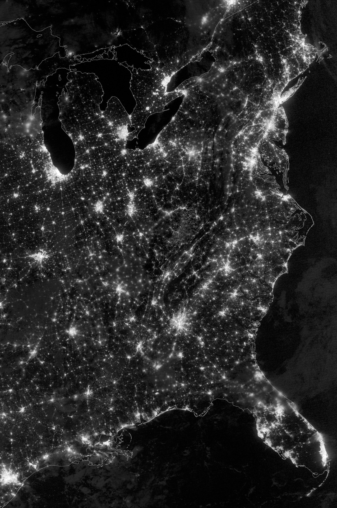 City lights of the Eastern United States, imaged by Suomi NPP on October 1st, 2013. High Resolution (7500x5000)