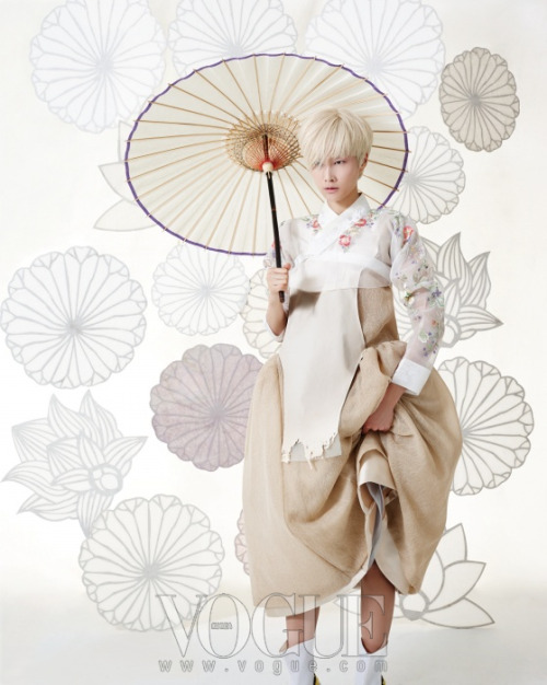 newmodernhanbok:  Designed by 바이단 bydan