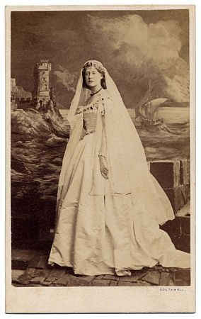 footlightnotes:  a carte de visite photograph of the celebrated English actress, Ellen Terry (1847-1928), as Dedsemona to Walter Montgomery's Othello at the Princess's Theatre, London, 20 June 1863 (photo: Southwell Brothers, London, 1863)