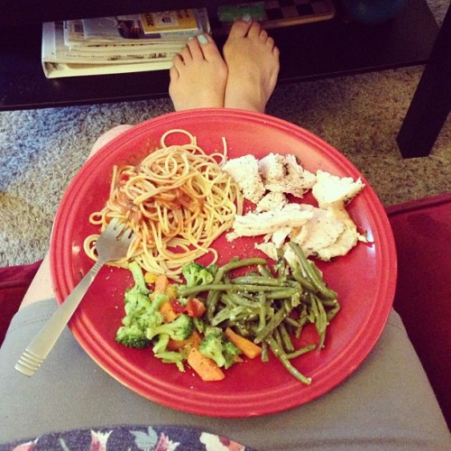@aeeplee and I merged our dinners. #roomie #noms