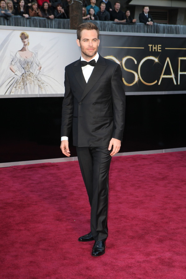 The Oscars Red Carpet 2013: Chris Pine. [Ed. Note: Not digging the style. i would prefer to see a two button suit.] Photo: New York Times.