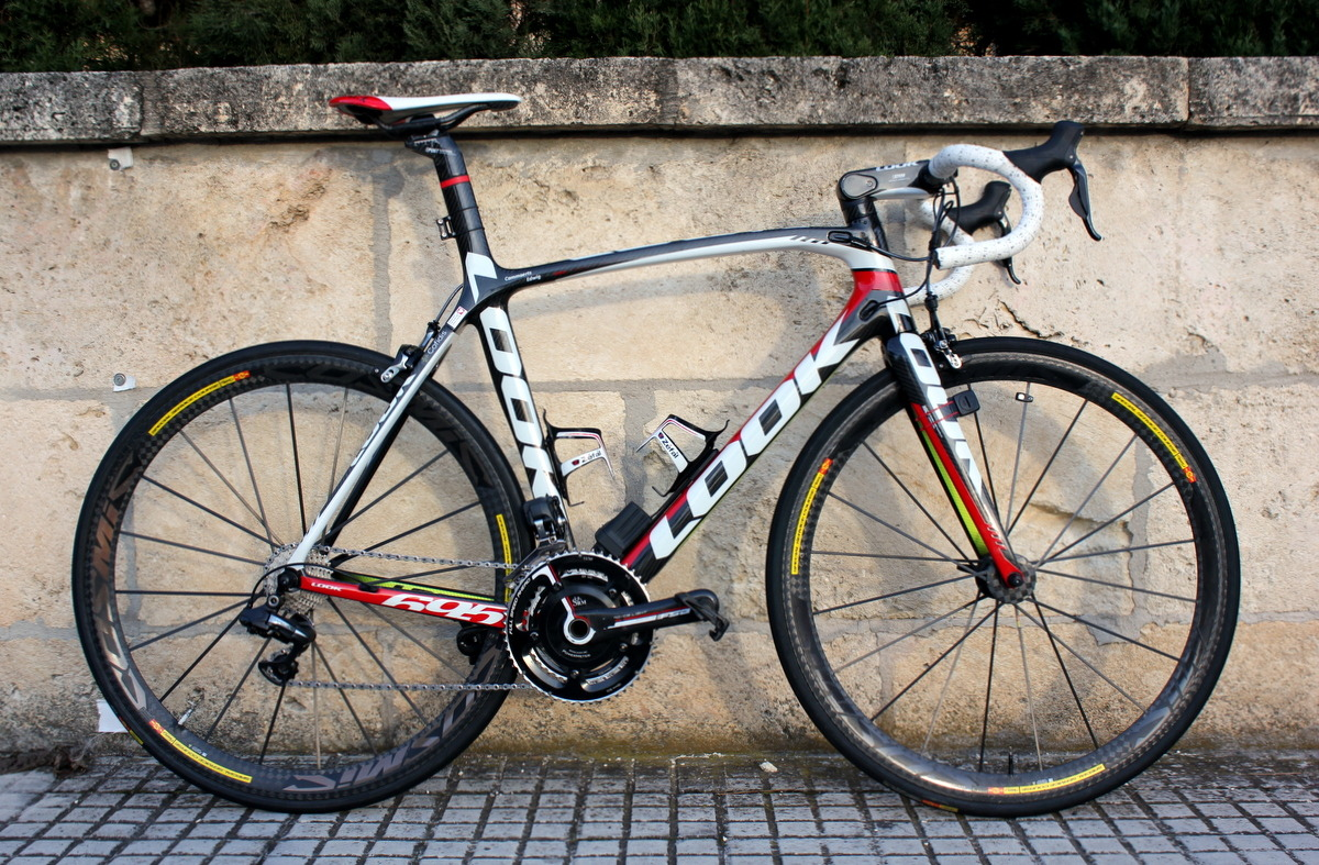 Pro rider on team Cofidis, Edwig Cammaers', team issue Look 695 SR (super rigid).