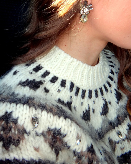 earrings jewelry glitter sparkly fair isle prep preppy me my photos californiagirlwearingpearls shine bright sweater weather photography prepster prep fashion preppy fashion earrings of the day what i wore outfit outfit of the day cute adorable love mine girls fashion ideas outfit ideas fashion blogger