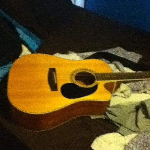 This is what I look forward to while I'm at work #Guitar #Acoustic #ImARockStar