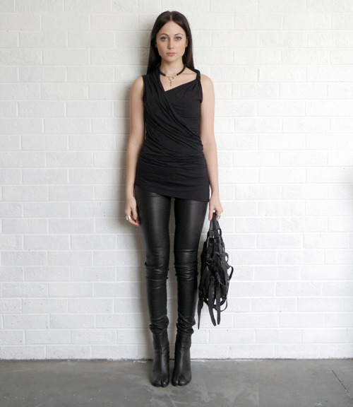 aliciahannahnaomi:  RICK OWENS LILIES TOP (BUY HERE)HELMUT LANG LEATHER LEGGINGS (BUY HERE)MAISON MARTIN MARGIELA TABI BOOTS (BUY HERE)ALEXANDER WANG HANDBAG (SOLD OUT)ALICIA HANNAH NAOMI JEWELLERY (BUY HERE) (via Sea Of Ghosts)