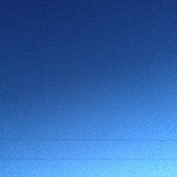 The color of the sky at 8:01pm in Los Angeles on Sunday April 28th