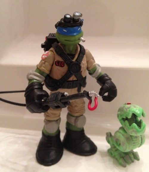 Teenage Mutant Ninja Turtles Leo as a Ghostbuster custom figure (via TMNT/Ghostbusters Ghostbustin' Leo By Slythe - TMNT - Action Figures Toys News ToyNewsI.com)