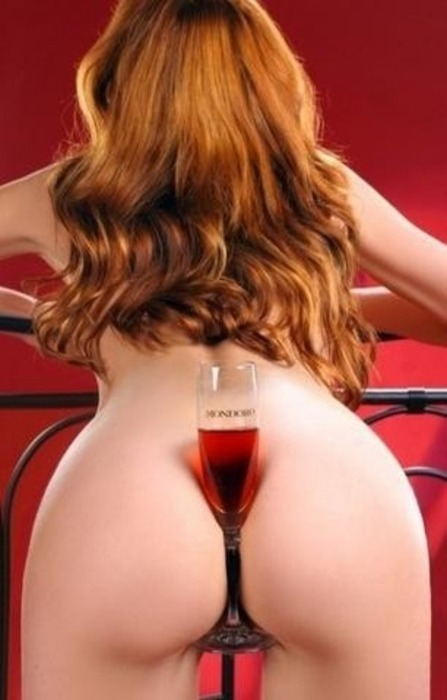 (via nudeforjoy, maxum) This would be a great ad for stemware