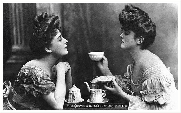 maudelynn:  Miss Carlyle and Miss Clarke, the Gibson Girls, have tea