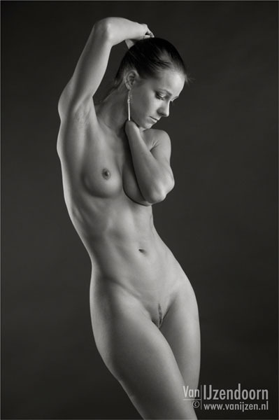 nudemuscle:  Melisa Mediny  Feminine Perfection!