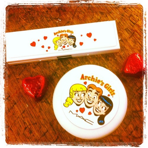 Supercute! The new Archie's Girl collection from @MACcosmetics /p