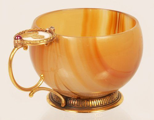 faberge agate cup jeweled gold enamel russia 19th century victorian coin handle leaves ruby diamond cabochon