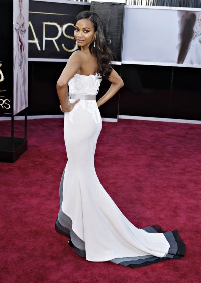 Zoe Saldanaarriving at the2013 Academy Awards