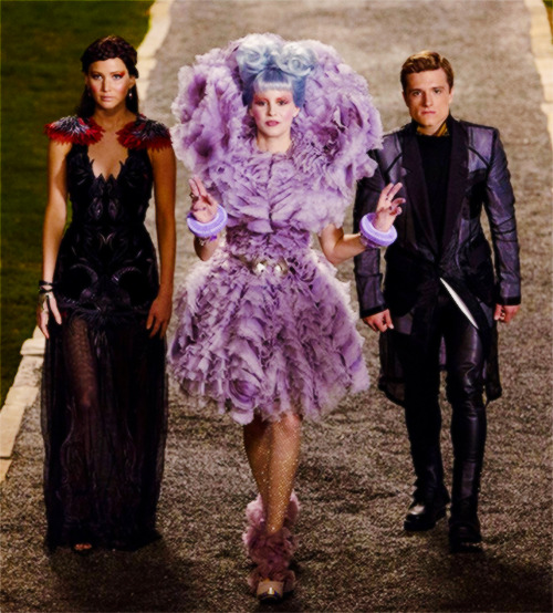 dizzymisshannah:   NEW CATCHING FIRE STILL