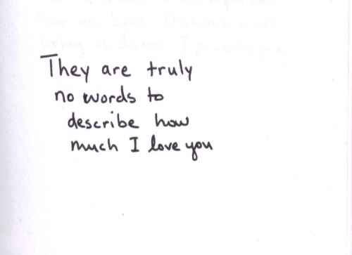 falling-deeperinlove:  there are..