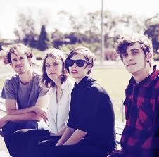 Can they please come to ACL!!! The Jezabels :)