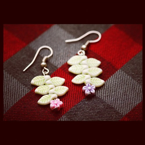 DIY Earrings! http://www.wikihow.com/Make-Earrings-at-Home