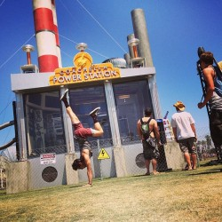 coachella handstands before seeing gaslight anthem and vampire weekend yesterday! who are your favorite bands on the line up? - @patrickbeach- #webstagram