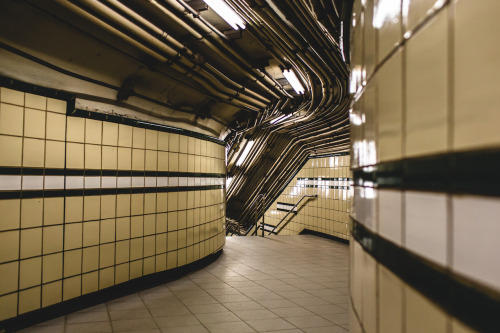 trashhand:  path station. (9th street) | New York, NY
