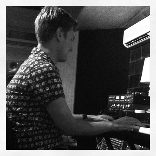 Jeremy Fowler of @newempire laying down some synth at Grove Studios!