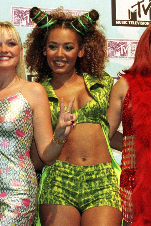 Can we all take a moment to appreciate how killer Mel B looks in this photo? AMAZING BOD MEL