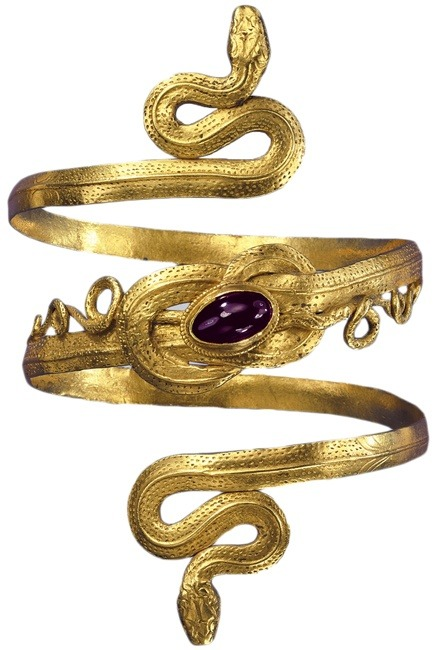 felixinclusis:  ytellioglu: Selected Jewels of Pforzheim: Gold snake bracelet with garnet, from the Greek-Hellenistic period; 3rd to 2nd century B.C. Gold snake bracelet with garnet, from the Greek-Hellenistic period, 3rd-to-2nd century BC.