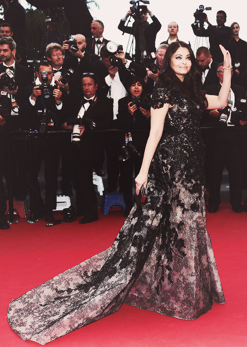 gorgeous Aishwarya Rai Bachchan | 'Inside Llewyn Davis' Premiere - The 66th Annual Cannes Film Festival