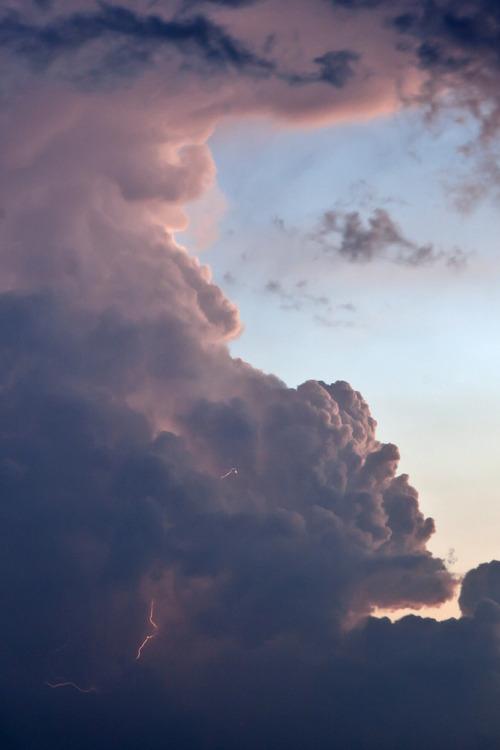 dark clouds iphone 6 wallpaper
