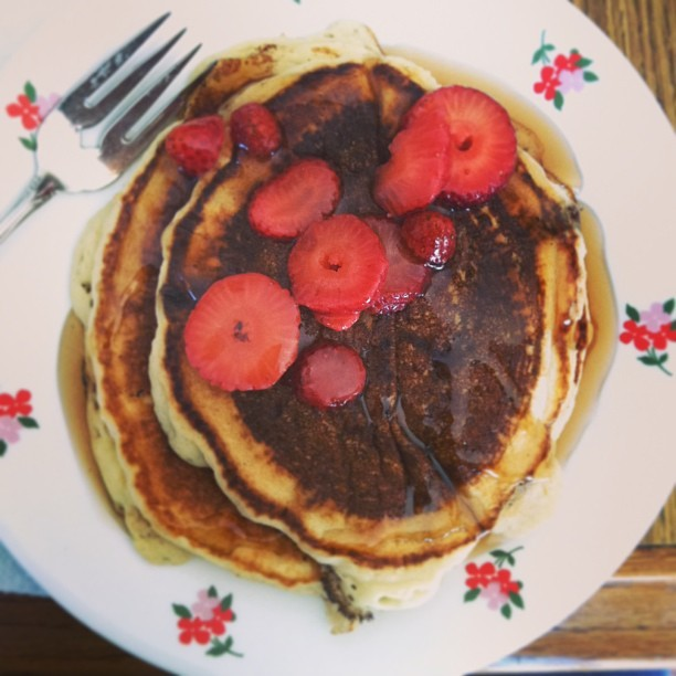 #breakfast #champions @jaimeleatherman #pancakes #strawberries #yum #delicious