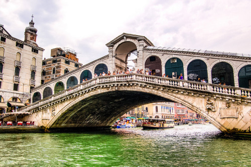 travelthisworld:  Rialto Bridge over the Grand Canal - Venice, Italy | by mbell1975