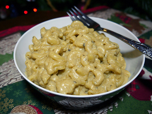 Another stop on our ongoing quest to try every vegan mac & cheese recipe in existence: Stovetop Mac and Cheeze from American Vegan Kitchen. (Which actually features TWO macaroni and cheese recipes, dontchaknow! I will see you again next week, nooch.)