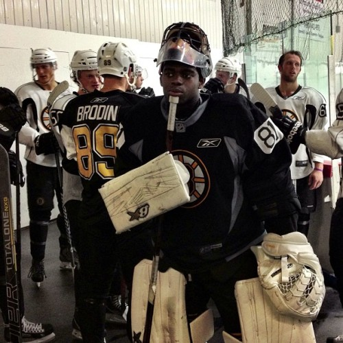 Malcolm Subban & the rest of the prospects wait while the zamboni finishes up on the ice #nhlbruins