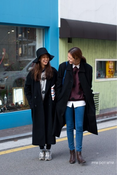 koreanmodel:  Streetstyle: Park Sunha and Lee Hojeong.