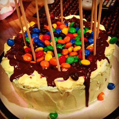 Freddo #icecream cake with ice magic, m&m's and marshmallows as candles. #birthday