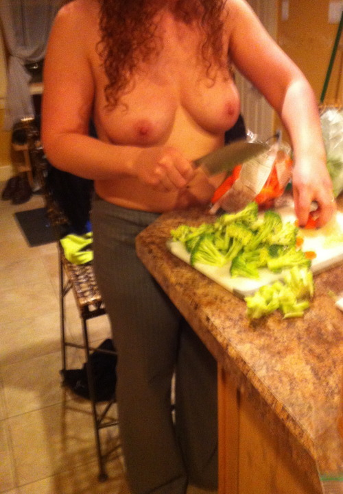 bllfll:  Prepping veggies for dinner topless