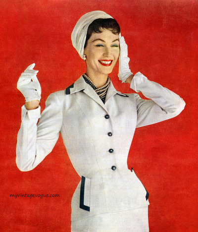 myvintagevogue:  Dovima wearing a suit by Sacony 1955