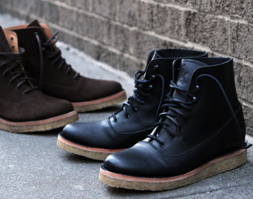 Ronnie Fieg x Caminando Officer Boots brown nubuck or black leather on crepe soles with kith branding on the tongue. simple and clean with the premium materials and tonal colour scheme. click here for more pics