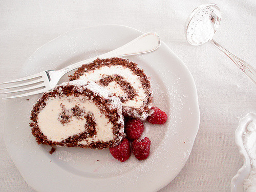 heyrainbows:   rocambole de chocolate By Daniboy