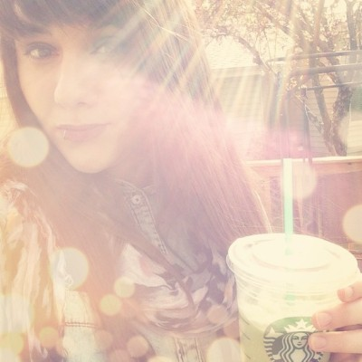 Green tea frapp' and some beaut sunshine. #latergram #starbucks #greentea #sun